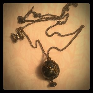 See the world necklace